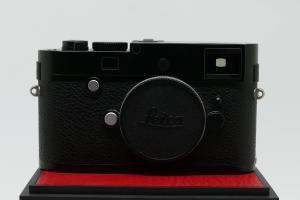 Leica M-P (Typ 240), màu đen